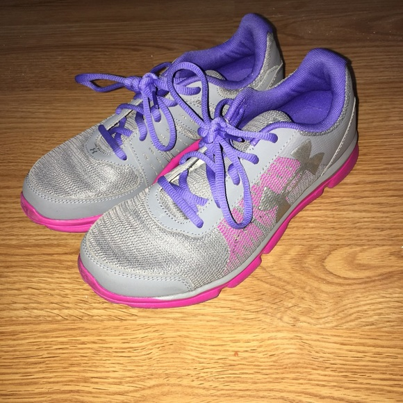 Youth Girls Under Armor Tennis Shoes